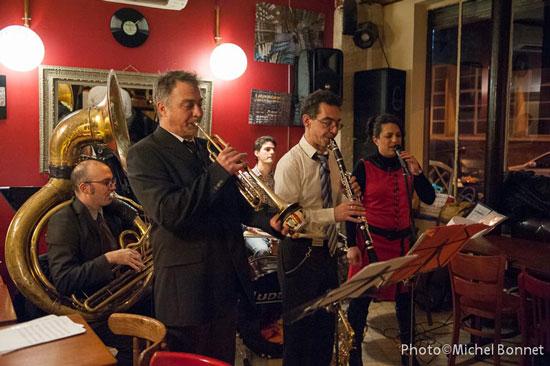 Concert in a pub